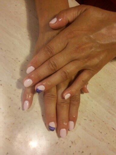 Semilac biscuit blue nails
