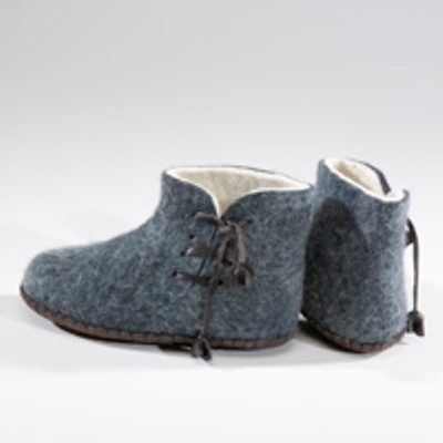 mongolian felted wool slippers. these would be really warm and comfy