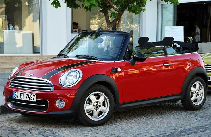 Red Mini Cooper Convertible <3