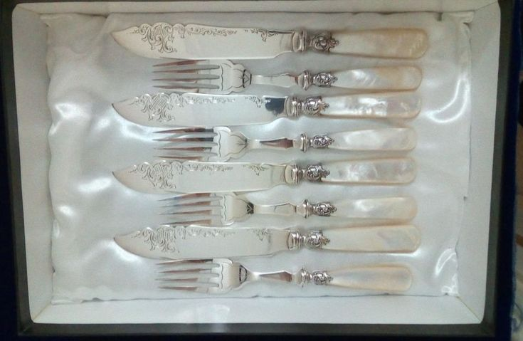 Lovely Antique Victorian Mother of Pearl & Ornate Silver PL Set Entree Cutlery