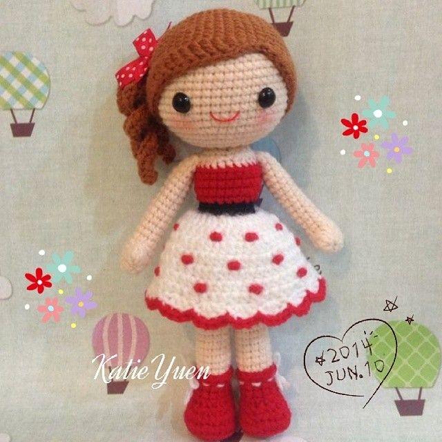 "233 Likes, 13 Comments - ☆Katie Yuen☆ (@katieyuenlj) on Instagram: ""波点小女孩 #amigurumi #yarn #crochetdoll #handmade #crochet #doll"""