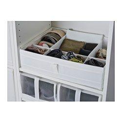 IKEA - SKUBB, Doos met vakken, zwart, , Voor het overzichtelijk opbergen van sokken, riemen en sieraden in je garderobe- of ladekast.Door de handgreep aan de zijkant is de doos makkelijk uit te trekken.Als je hem niet gebruikt en plaats wilt besparen open je gewoon de rits in de bodem en vouw je hem plat.