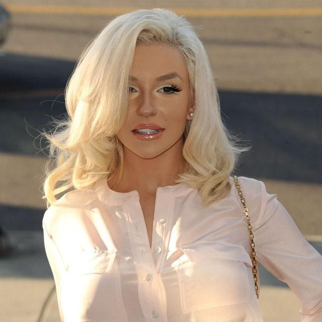 This is the only time Courtney Stodden will EVER look good.