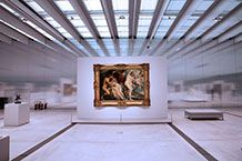 Internal photo of the Louvre-Lens Museum showing a painting. Credit Arup