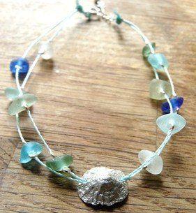 Love this aqua sea glass bracelet #coastal #seaglass