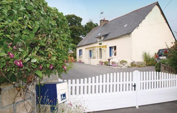 Holiday home Loudeac MN-1629 - #VacationHomes - $35 - #Hotels #France #Loudéac http://www.justigo.uk/hotels/france/loudeac/holiday-home-loudeac-mn-1629_67196.html