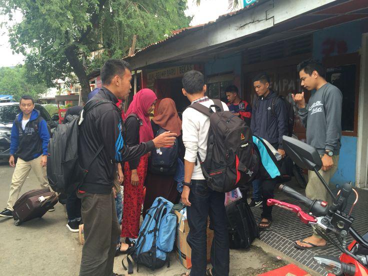 Proses Penjemputan siswa(i) 4JO @Terminal Makassar