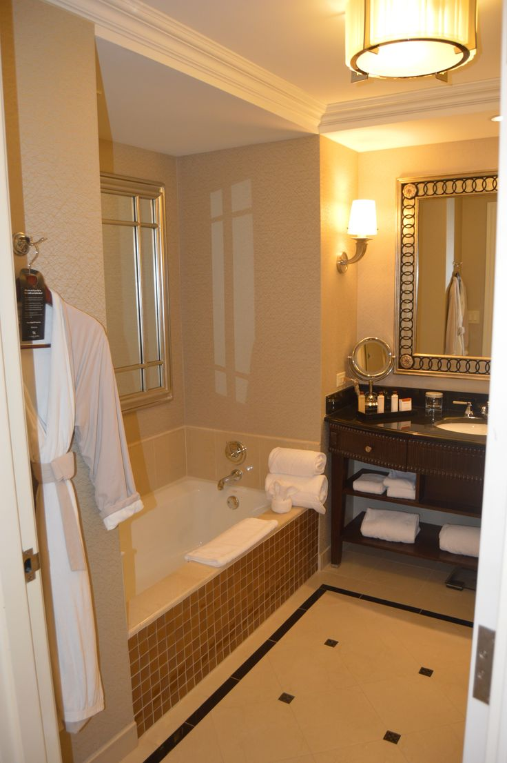 Waldorf Astoria Orlando bathroom