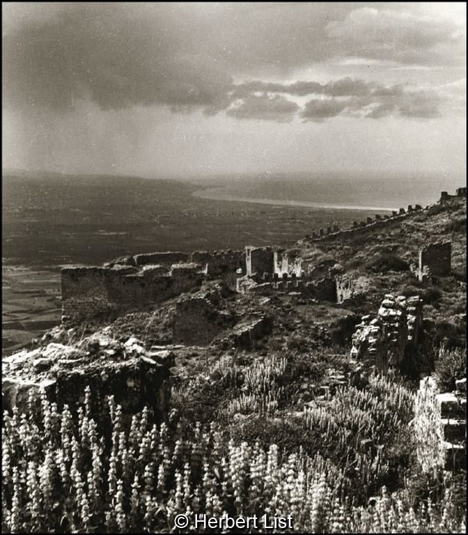 Herbert List Πελοπόννησος, το οχυρό της Ακροκορίνθου, 1937