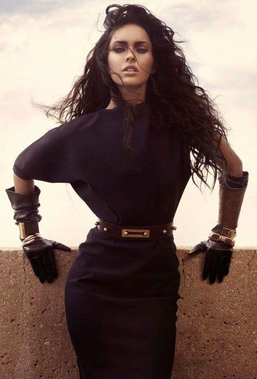 Megan Fox. So so pretty here.
