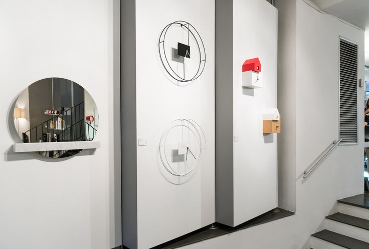 Foto esposizione orologi da parete e da tavolo Diamantini & Domeniconi presso Show Room DePadova C.so Venezia - Milano