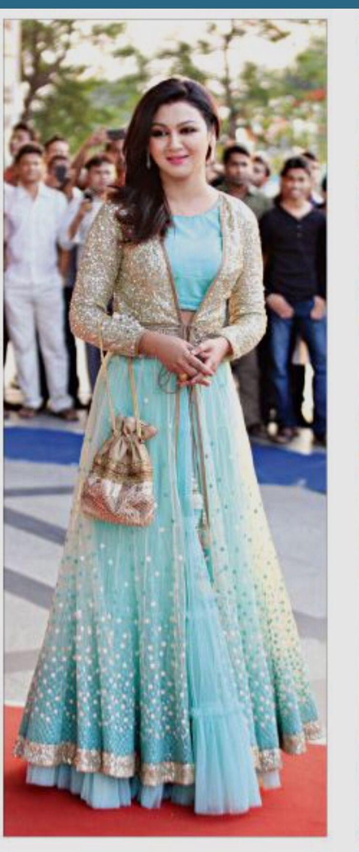 Bangladeshi actress Zoya Ahsan Nice dress,just love it ...