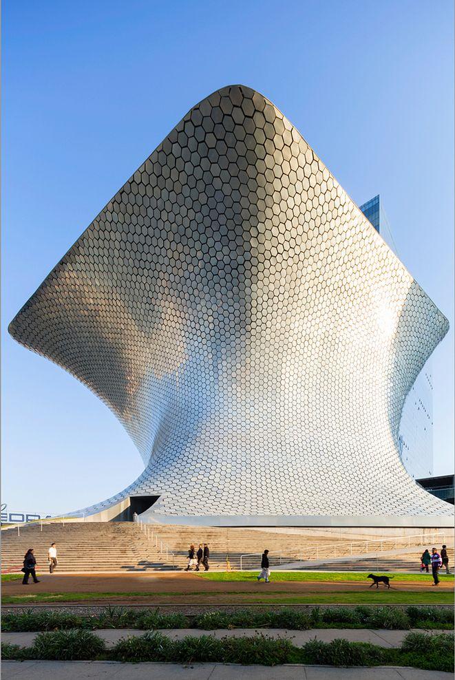 Museo Soumaya - México D.F. /Fernando Romero + LAR(Laboratory of Architecture). (via Gau Paris)