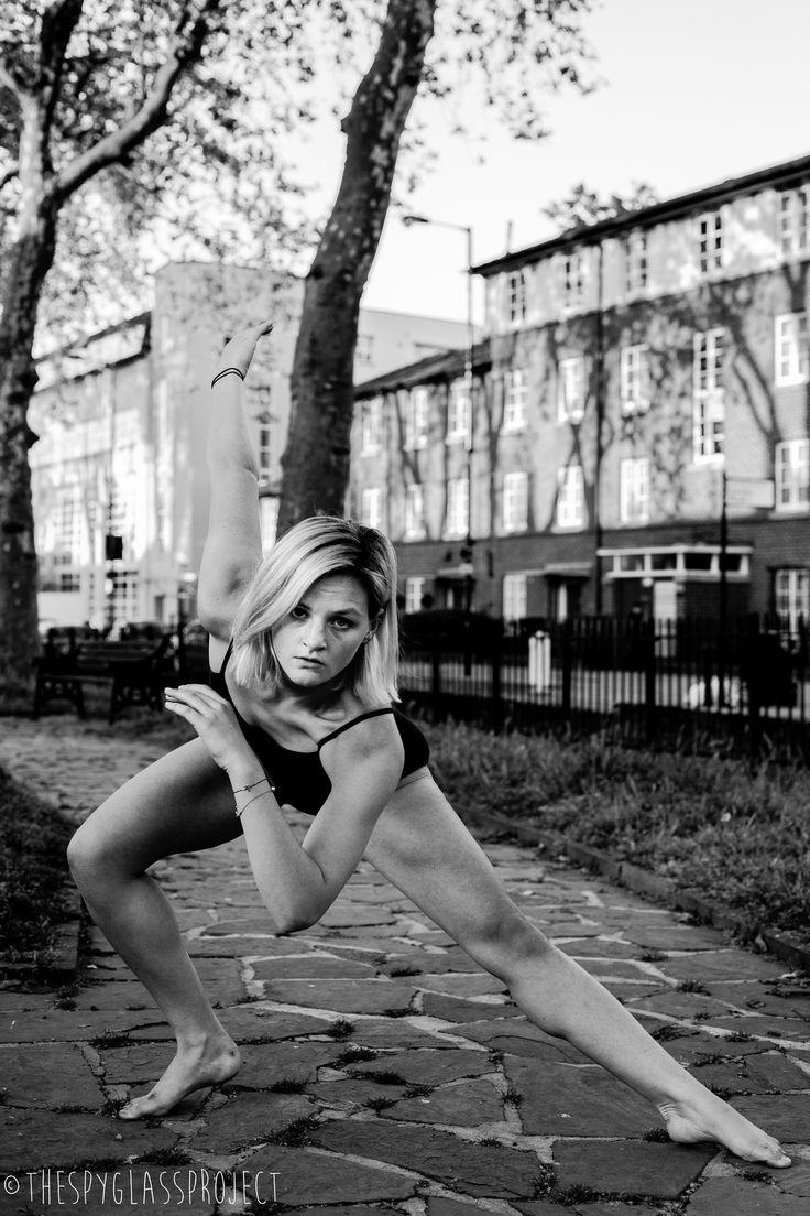 Dancing in Dalston Series  Jilna Shukla http://www.thespyglassproject.com/gallery/ltd746e2fey9438t2ljtr8ps566437