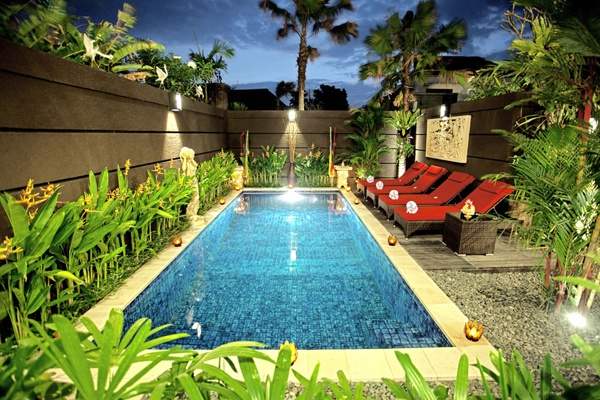 Be spoilt in this stunning home away from home, situated in popular Seminyak. The magical setting of Villa Saraswati with its beautiful Balinese artworks and decorative ornaments will ensure your tropical holiday is one where you can relax and enjoy yourself. You will want for nothing, as staff clean and maintain the pool and garden daily and night security is located alongside the property. Take time out to pamper yourself in this special holiday villa.
