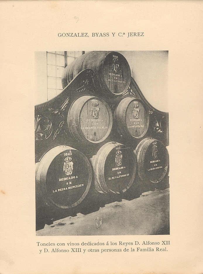 Toneles con vinos dedicados a los reyes Alfonso XII y Alfonso XIII y otras personas de la Familia Real.