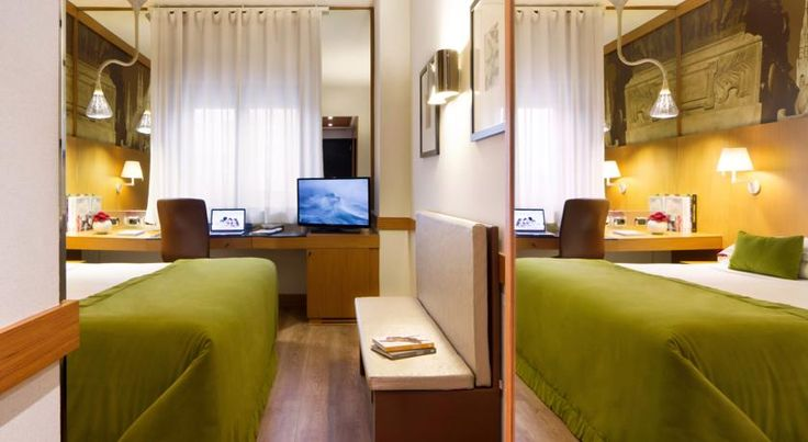 Starhotels Tourist Milano Offering a free fitness centre and free WiFi, Starhotels Tourist features modern air-conditioned rooms. It is a few steps from Bignami Metro Stop, with direct links to San Siro Stadium. Milan Bicocca University is 1 km away.