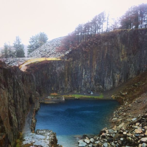 The Blue Lake, an abandoned quarry in Snowdonia, Wales ...