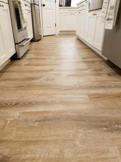 Lifeproof Trail Oak 8 7 In X 47 6 In Luxury Vinyl Plank