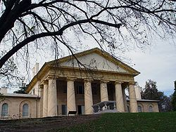 Arlington House, The Robert E. Lee Memorial, formerly named the Custis-Lee Mansion,[5][6] is a Greek revival style mansion located in Arlington, Virginia, USA that was once the home of Confederate General Robert E. Lee.