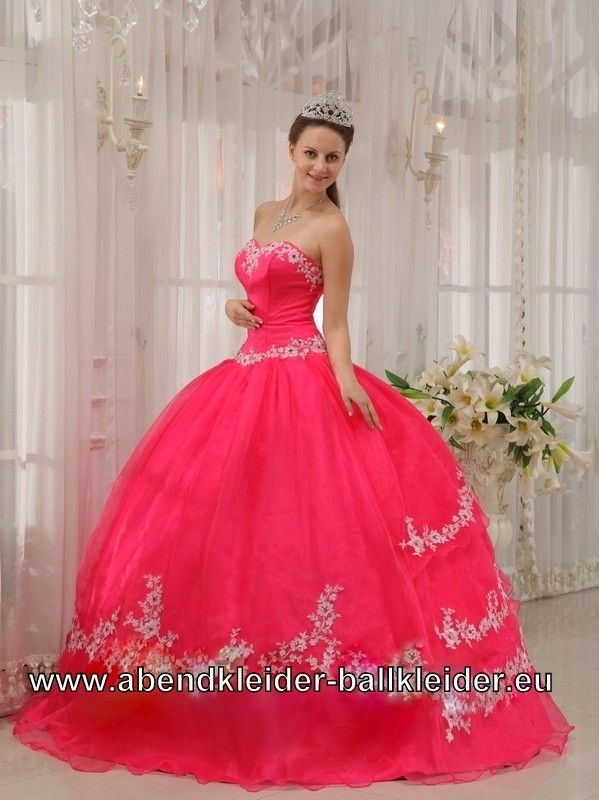 108 best Prom / Special occasions images on Pinterest | Ball dresses ...