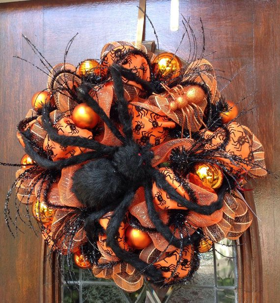 Large Black lSpider Halloween Wreath by HertasWreaths on Etsy, $145.00