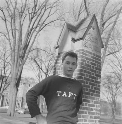 """Pre-Ivy League Taft School ** The PopDot Artist ** Please Join me on the Twitter @AlabamaBYRD & Be my Friend on the FaceBook --> http://www.facebook.com/AlabamaBYRD BIG BYRD HUGS & SMILES & PRAYERS TO EVERYONE IN NEED EVERYWHERE ("""")< Chirp Chirp said THE BYRD :>) http://www.facebook.com/AlabamaBYRD"""