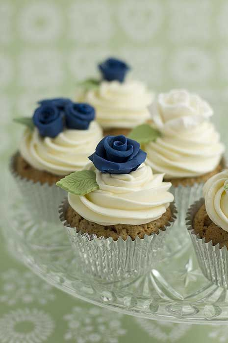 Maybe as a base layer:Gluten Free Option? Google Image Result for http://www.julietstallwoodcakesandbiscuits.co.uk/home/wp-content/uploads/2011/06/blue-rose-new-cupcakes-web.jpg