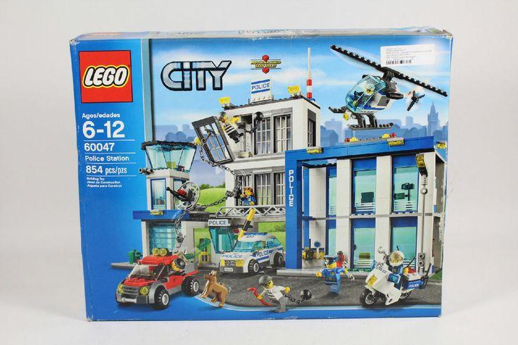 LEGO City 854 Piece Police Station Number 60047 Building Set #LEGO
