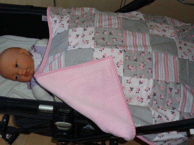 die besten 25 kinderwagen decke ideen auf pinterest kinderwagen abdeckung baby braucht und. Black Bedroom Furniture Sets. Home Design Ideas