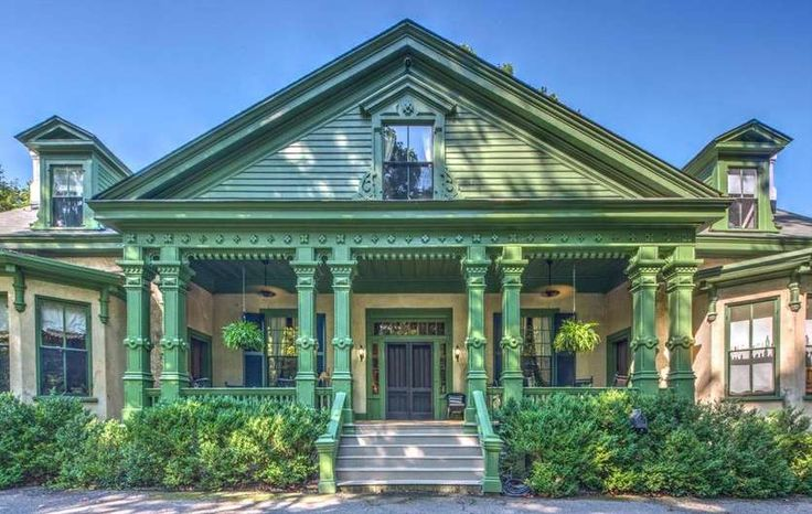 5 gorgeous historic homes for sale now in the Atlanta area #realestate #historichomes #realestateagent #investinAtlanta