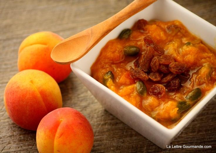 Stewed apricot with lavender honey and verbena flavor/ Compotée d'abricot au miel de lavande et verveine