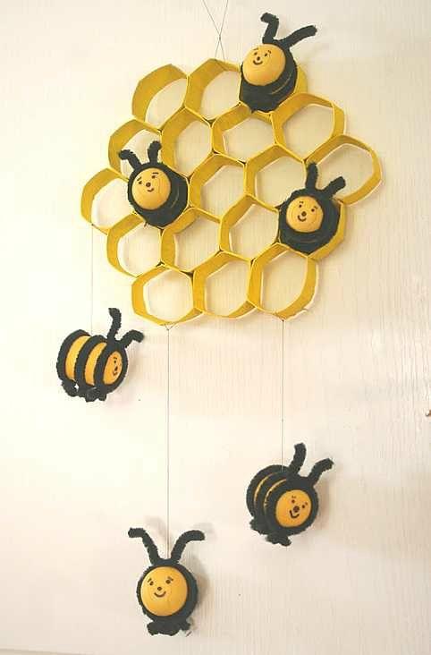 abeilleskinder05 des abeilles et leurs alvéoles trouvées sur les Cahiers de Joséphine