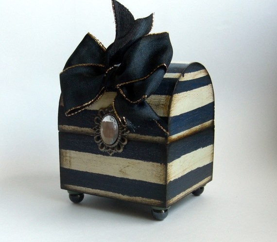 Trinket box, this is what i need!