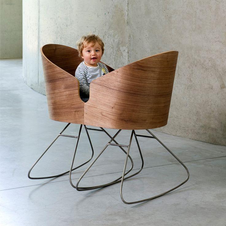 Dimdim Cradle rocking chairs by Lisse Van Cauwenberge