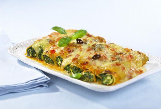 Unser beliebtes Rezept für Cannelloni mit Spinat-Ricotta-Füllung und mehr als 55.000 weitere kostenlose Rezepte auf LECKER.de.
