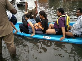 Ola Cabs Deployed Boats to Rescue People Trapped in Chennai Flood to Safer Area