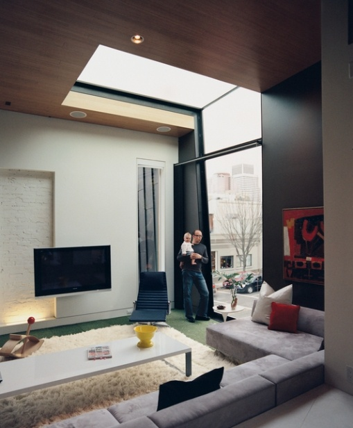 .... if we had a huge house, but I can dream! skylight + huge window