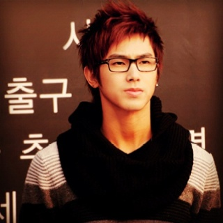 I just had to. Unf. #Yunho