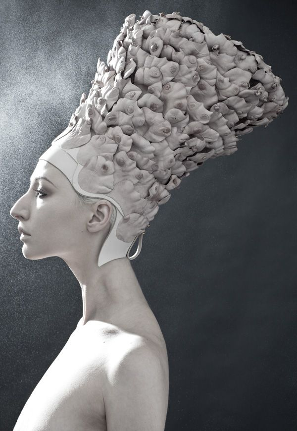 ⍙ Pour la Tête ⍙ hats, couture headpieces and head art - Rachel Freire