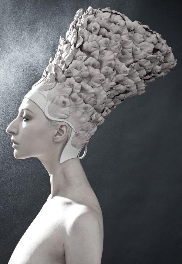 ⍙ Pour la Tête ⍙ hats, couture headpieces and head art - Rachel Freire