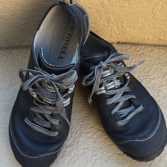 MERRELL SHOES MERRELL Barefoot Shoes...very light weight...Size 6