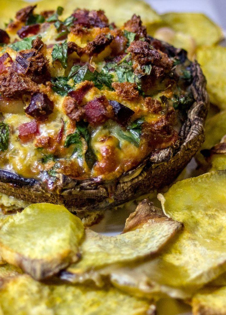 Cogumelos recheados com ovos e bacon. Batata doce estaladiça para acompanhar. | CMS Gourmet