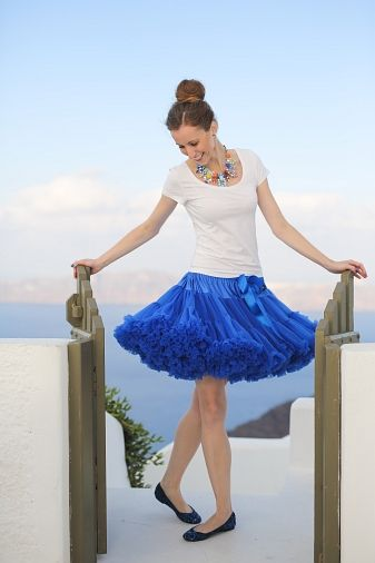 Dolly pettiskirt is always a good idea.. :) #Satorini #honeymoon #dollyskirt