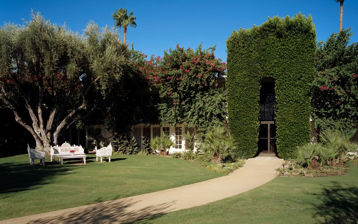 My favorite vacation spot.. The Parker in Palm Springs. Super chic with Jonathan Adler interior design, but not stuffy.