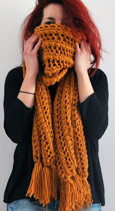 Free Knitting Pattern of One Row Repeat Panda Scarf - Easy features a one row repeat stitch pattern and is a quick knit in bulky yarn on size 15 needles. Designed by Kelly McClure Pictured project by mady-b