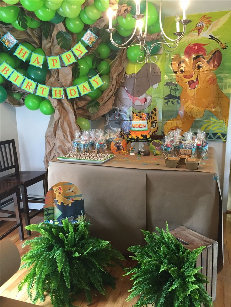 Host A Lion Guard Themed Birthday Party This Dessert