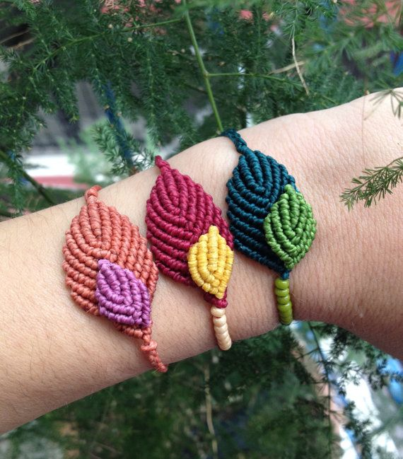 Macrame leaf bracelet with beads/double leaves por lulupica en Etsy