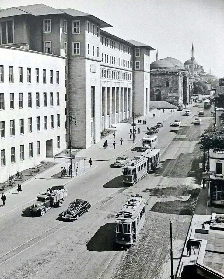 Ordu Caddesi, Fen Edebiyat Fakültesi (1950'ler)