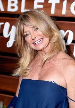Age: 70Blonde bombshell Goldie Hawn credits her health to meditation. She's been…